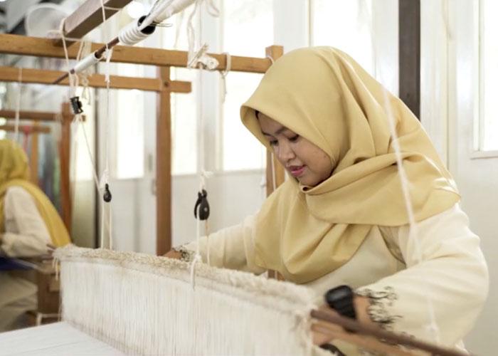 Threading Hope – Maybank Women Eco-Weavers
